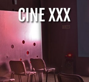 Cine XXX con Glory Hole Barcelona Paris 199